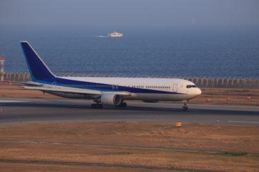 「東証一部上場企業の航空会社」の「客室乗務員」の仕事内容・給料レポート