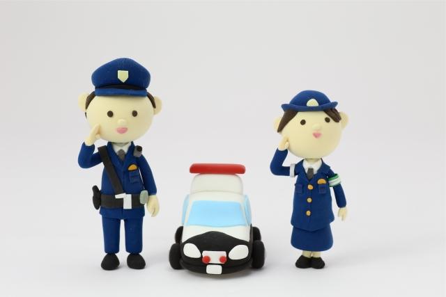 女性警察官